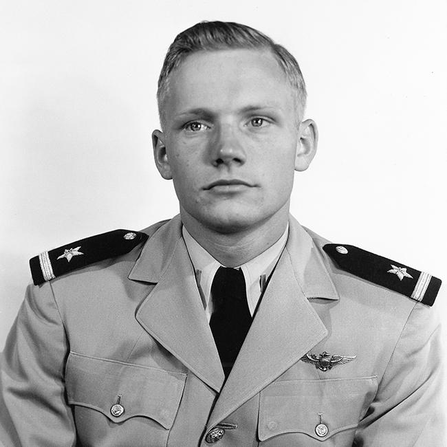 Neil Armstrong: the first human on walk on the Moon