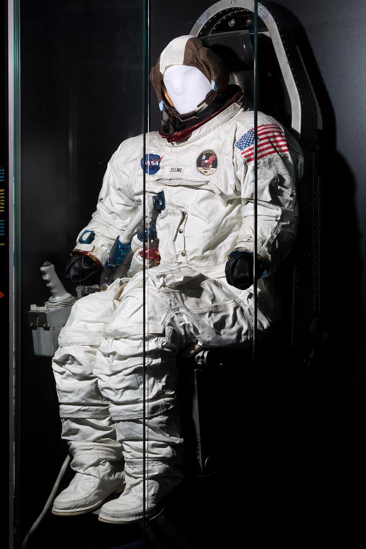 apollo 13 space suit - photo #31